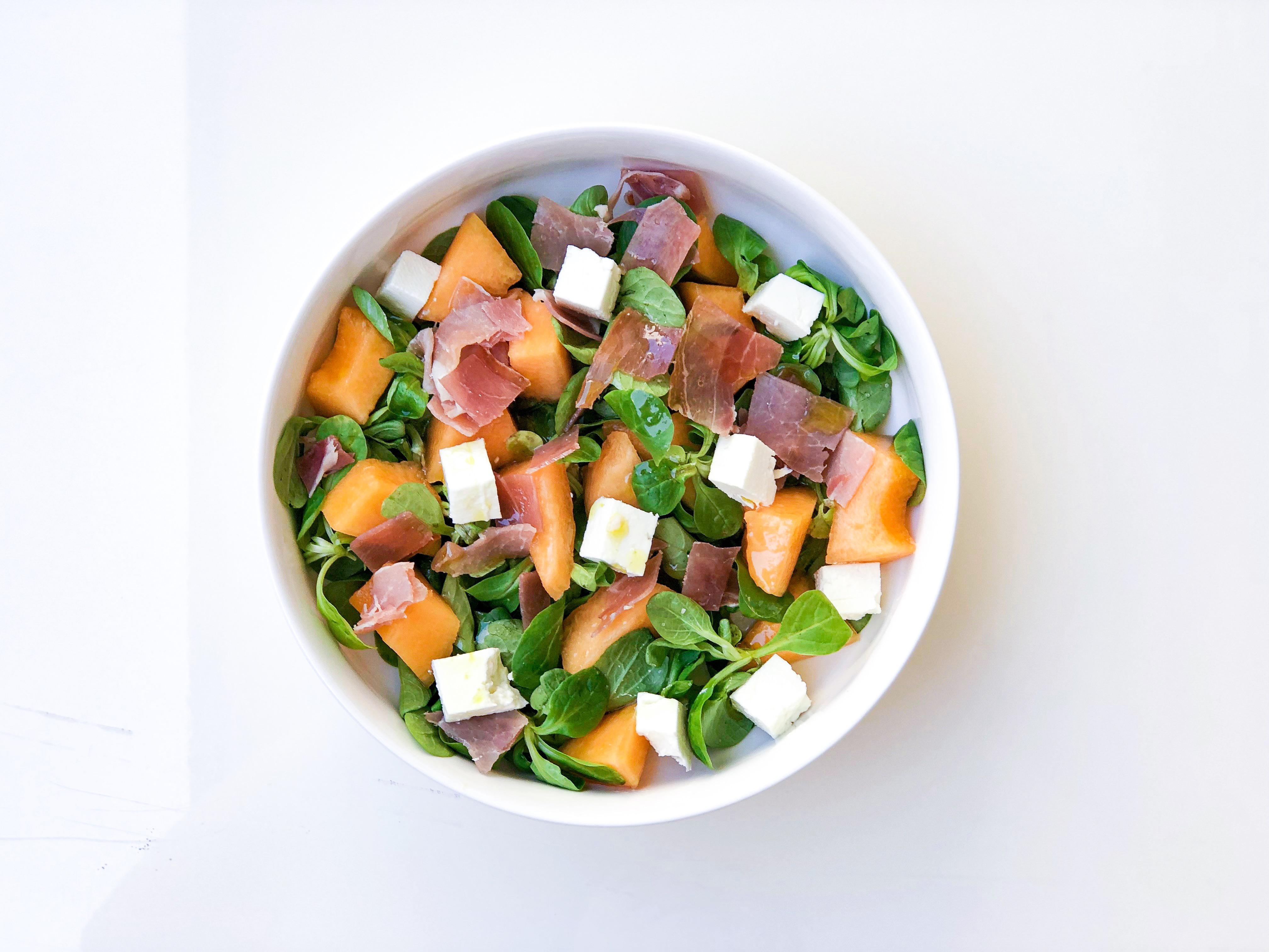 Salade melon, féta et jambon cru